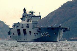 Siêu tàu sân bay trực thăng Anh được thanh lý với 'giá rẻ giật mình'
