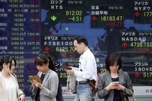 Chứng khoán châu Á gặp khó do căng thẳng thương mại Mỹ - Trung leo thang