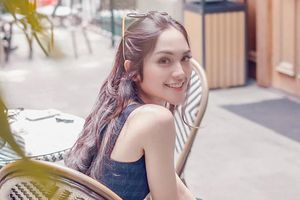Hot girl cung bọ cạp có bạn trai thiếu gia, nổi tiếng ở Indonesia