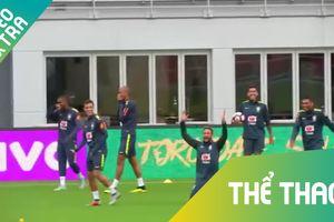 Neymar 'bội phục' với tuyệt kỹ xỏ háng của Coutinho
