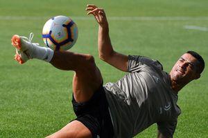 Ronaldo hăng say tập luyện, sẵn sàng khai hỏa ở Serie A