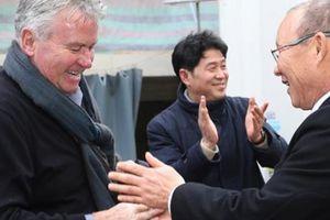 TIN SÁNG (11.9): Báo Hàn 'dè bỉu' Guus Hiddink khi so sánh với HLV Park Hang-seo