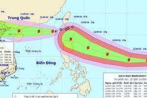 Siêu bão Mangkhut 'đuổi theo' bão số 5 vào biển Đông