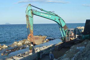 Kè biển Cửa Đại khó hoàn thành trước mùa bão