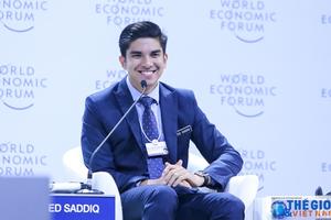 Bộ trưởng trẻ nhất Malaysia gây sốt tại WEF ASEAN 2018