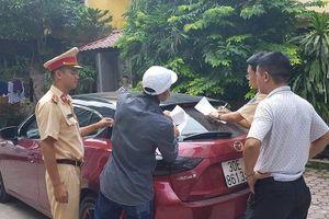 Tạm giữ chiếc Mazda 'náo loạn' trên phố Hà Nội để điều tra