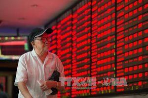 Cổ phiếu Trung Quốc bị bán tháo, giới đầu tư châu Á thận trọng