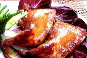 Cách làm gà quay ngũ vị thơm ngon theo công thức 'bí truyền'