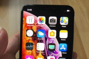 Dân mạng 'ầm ầm' trên tay iPhone Xs sắp ra mắt
