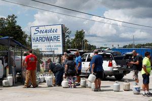 Hơn 1,5 triệu người Mỹ sơ tán vì bão