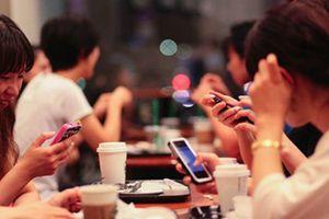 Thương mại điện tử 'hốt bạc' khi người dân ASEAN ghiền mạng xã hội