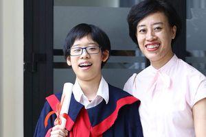 'Soi' thành tích 'khủng' của 2 học sinh Việt lần đầu tiên giành học bổng toàn phần tại ngôi trường nội trú của những 'chiến binh' giỏi nhất Anh Quốc