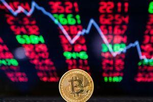 Vốn hóa thị trường tiền mật mã rớt xuống mức thấp