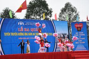 Quảng Ngãi: Ra quân hưởng ứng năm an toàn giao thông 2018