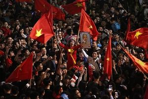 Hà Nội tưng bừng 'ăn mừng' chiến thắng của Đội tuyển bóng đá U23 Việt Nam