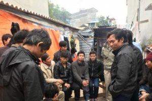 Quảng Ninh: Chủ thầu xây dựng bỏ trốn, gần 40 công nhân không có tiền về quê