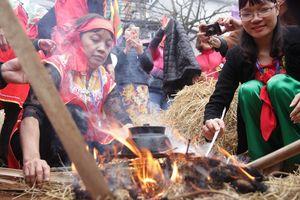 Độc đáo lễ hội thi thổi cơm giữa lòng Hà Nội