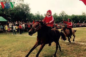Đua ngựa gò Thì Thùng: Khi nông dân làm kỵ sĩ