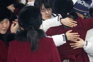 Sau Olympic, VĐV Triều Tiên và Hàn Quốc chia tay trong nước mắt