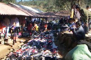 Lai Châu: Mộc mạc phiên chợ vùng cao Sin Suối Hồ huyện Phong Thổ