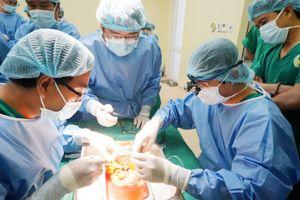 Bệnh viện tư nhân đầu tiên ghép thận thành công