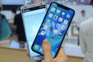 Sony Xperia XZ2 vs iPhone X: Chiếc điện thoại nào đáng mua hơn?