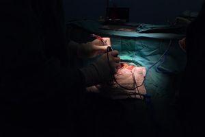 Mổ sọ nhầm bệnh nhân