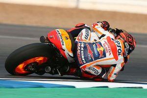 Rossi khẳng định những pha cứu cánh của Marquez không hề ngẫu nhiên