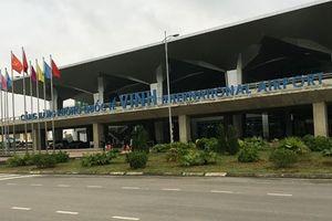Lãnh đạo sân bay Vinh bị... khuyến cáo vụ 'thanh niên tâm thần lọt lên máy bay'