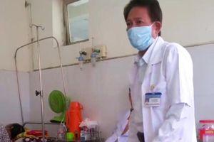 Sốc: Bác sĩ trưởng khoa ở Kiên Giang đuổi bệnh nhân: Về đi, ở đây tốn kém cho xã hội…!