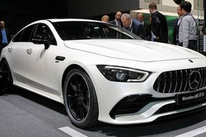 Mercedes-Benz trình làng GT4 2019 - Động cơ 630 mã lực