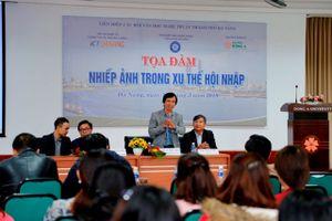 Sinh viên Đà Nẵng hứng khởi với chương trình 'Nhiếp ảnh trong xu thế hội nhập'