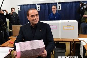 Phe cánh hữu Italy để ngỏ đàm phán với M5S lập chính phủ liên minh