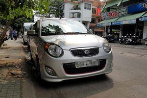 Muốn đỗ xe ở trung tâm Sài Gòn phải sắm smartphone