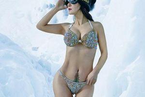 Người phụ nữ TQ mặc bikini chụp ảnh ở nơi lạnh -40 độ C