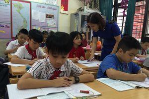 Bỏ đề xuất tăng lương, giáo viên thêm ngậm ngùi