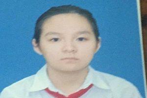 Mẹ khóc hết nước mắt cầu xin cư dân mạng tìm giúp con gái mất tích bí ẩn sau giờ học