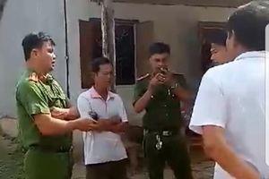 Đình chỉ công tác thiếu tá bị tố dẫn côn đồ đi đánh dân