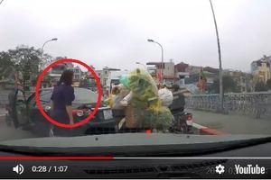 Phạt 1,3 triệu đồng, tước giấy phép lái xe 2 tháng nữ tài xế quay xe trên cầu