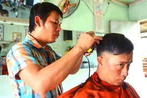 Tiệm cắt tóc và người thợ đặc biệt của nguyên Thủ tướng Phan Văn Khải