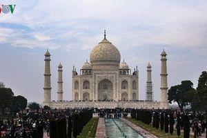 Khám phá đền Taj Mahal - biểu tượng của tình yêu vĩnh cửu