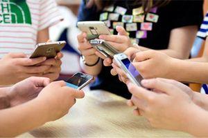 5 việc người Việt thường làm nhất khi cầm smartphone