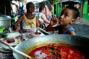 Pagpag - Món ăn rác thải cứu đói dân nghèo ở Philippines