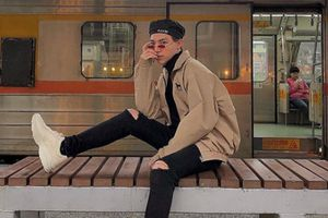 Chi Dân, Sơn Tùng M-TP mê sneakers trắng