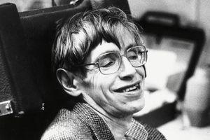 Stephen Hawking: Gói gọn cuộc đời trong 21 bức ảnh