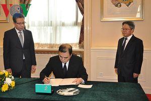 Nhân sỹ, học giả Trung Quốc tiếc thương nguyên Thủ tướng Phan Văn Khải