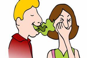 Làm gì để 'đánh bay' mùi hôi ở miệng?