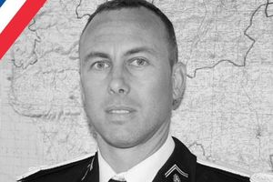 Cảnh sát Pháp hy sinh sau khi xin thế chỗ, giải cứu con tin