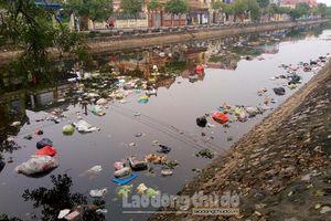 Nguồn nước ngày càng suy thoái