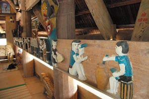 Nghệ thuật điêu khắc gỗ độc đáo của người Cơ Tu ở Quảng Nam